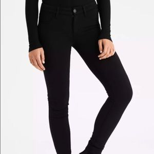 American Eagle black skinny jeggings